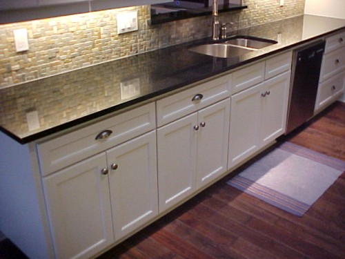 KitchenCabinetwithGranite (1)